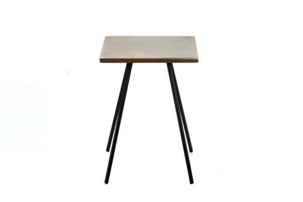 שולחן קפה קטן – פליז מיושן בשילוב ברזל